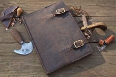 Leather Monk's Book Cover por JWLeathersmith en Etsy