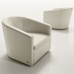 PICASSO SWIVEL CHAIR - OYSTER LEATHER