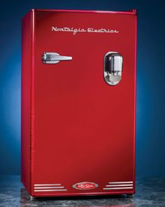 New RETRO STYLE FRIDGES IN RED OR BLACK - Forest City Surplus London | Kijiji