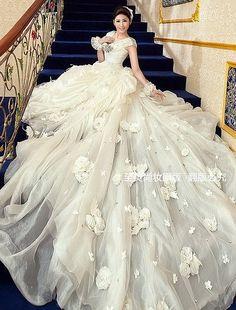 礼服 婚礼 婚纱婚礼 婚纱 韩式婚照 婚纱照 新娘造型 嘀咕图片
