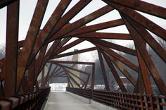 High Trestle Trail Bridge, Iowa – Concept and Art by David Dahlquist of the RDG Dahlquist Art Studio, with colleagues from RDG Planning & Design