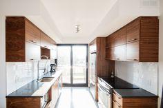 Cuisine KnightsBridge Kitchens, Kitchen Cabinets, Design, Home Decor, Real Estate Development, Decoration Home, Room Decor, Kitchen, Kitchen Cupboards