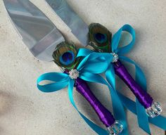 Peacock wedding cake server and knife set by Exquisitefindsbycj