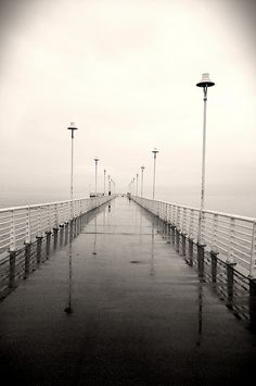 Marina di Massa - Pontile - Giornata uggiosa … - bnnrrb on Flickr.