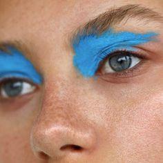 Eye Makeup Blue Avant Garde 41 Ideas For 2019 wallpaper diy engine design top 10 wallpapers how to wall d Makeup Guide, Eye Makeup Tips, Makeup Goals, Makeup Inspo, Makeup Art, Makeup Inspiration, Easy Makeup, Makeup Ideas, Skull Makeup