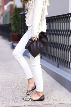 White (without bottle). Looks you need to copy waysify