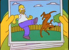 Homero Simpson: Recuerdos con Ayudante de Santa