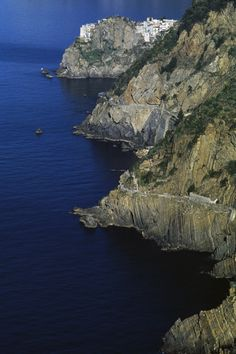 The Modern Rules of Travel Destinations Italy Cinque Terre.