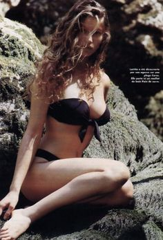 Laetitia Casta -hair- long loose curls
