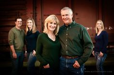 for Large families - do groupings of families with original Mom & Dad in front - Love this idea - might be harder to pull off with our 12 Family Portrait Poses, Family Picture Poses, Family Photo Sessions, Picture Ideas, Photo Ideas, Picture Outfits, Portrait Ideas, Large Family Photos, Fall Family Pictures