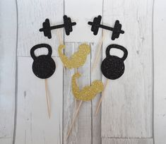 Gym themed party, Gym Cupcake Toppers, Fitness Party, Weight lifting party decor Etsy shop https://www.etsy.com/uk/listing/529666659/fitness-cupcake-topper-gym-themed-party