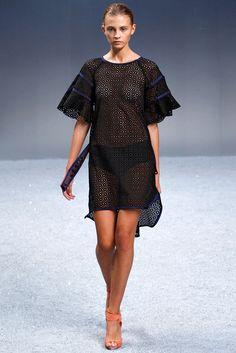 Sacai Spring 2012 Ready-to-Wear Collection Photos - Vogue