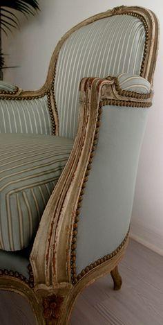 Furniture « the paris apartment