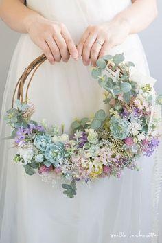 ブルーラナンキュラス パステル 小花 ユーカリのナチュラル リースブーケ #weddingbouquets