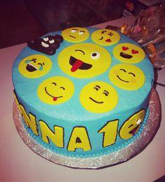 Emoji cake featuring poop emoji #carinaedolce www.carinaedolce.com www.facebook.com/carinaedolce