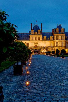 Chateau de Fontainbeau take me there