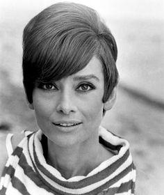 Famous stripes - Audrey Hepburn