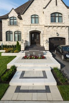 Yard Landscaping Ideas - Steal these inexpensive and very easy landscape design concepts for a beautiful yard.Front Yard Landscaping Ideas - Steal these inexpensive and very easy landscape design concepts for a beautiful yard. Front Yard Garden Design, Small Front Yard Landscaping, Modern Landscaping, Landscaping Ideas, Inexpensive Landscaping, Patio Ideas, Modern Landscape Design, Lawn And Landscape, House Landscape