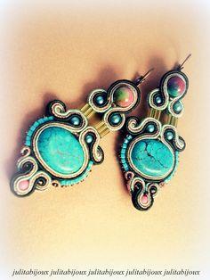 Boucles d'oreilles broderie soutache turquoise by Julitabijoux