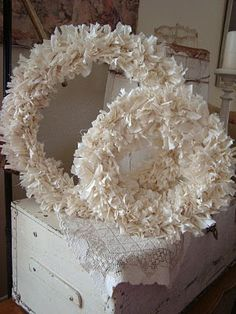 muslin rag wreath. feels like it needs something more but i like this idea. plus, i already have muslin.