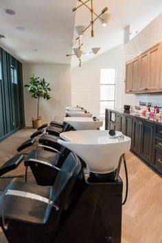 Make your clients comfortable during their service. Win chairs like these by entering the Salon Today Total Makeover Contest. Submissions close on Dec. Interior Design Color Schemes, Interior Design Pictures, Interior Design Gallery, Interior Design Software, Interior Design Images, Salon Interior Design, Posh Salon, Salon Lighting, Beauty Salon Decor