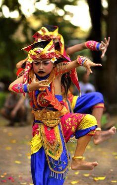 sanur dance