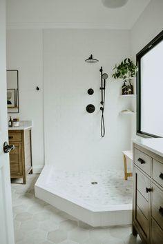 Modern Eclectic Bathroom Remodel House On Longwood Lane Diy Vanity Mirror, Best Bathroom Vanities, White Vanity Bathroom, Small Bathroom, Bathroom Plants, Wooden Bathroom, Master Bathroom, Black Vanity, Black Bathrooms