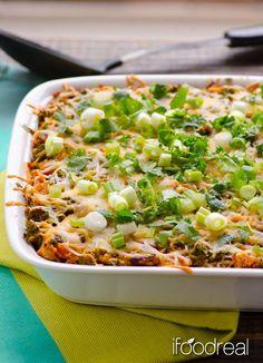 Chili Chicken, Kale and Quinoa Casserole -- No pre-cooking quinoa casserole with kale, chicken and all flavours of chili.