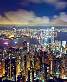 Hong Kong! Study Abroad | #GlobalGators! Visit the #UFIC website for more information: ufic.ufl.edu/sas/