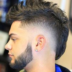 Whether you want a short mullet or a long rattail, we have all the mullet haircut pictures you need to see. From to mullets, find it all here! Mullet Haircut, Mullet Hairstyle, Beard Haircut, Mohawk Hairstyles Men, Cool Mens Haircuts, Undercut Mohawk, Cool Hairstyles For Men, Men's Haircuts, Fade Haircut Styles