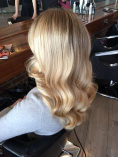 Smoking hot blonde balyage and serious love for this soft wave by Norma Jean who used #olaplex with the colour resulting in this amazing sheen. For details please call 01-2180872