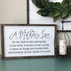 Gift for mom. Mother wood sign saying. A Mother's love. Mothers Day Signs, Mothers Day Decor, Signs For Mom, Mothers Day Crafts For Kids, Mother Day Gifts, Wood Signs Sayings, Sign Quotes, Wooden Signs, Mom Quotes