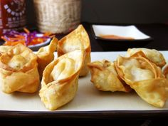 Delicious little pillows of crab stuffed cream cheese....mmmm rangoons!