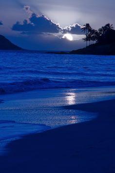 Refleja el azul que hay en ti                                                                                                                                                                                 Más