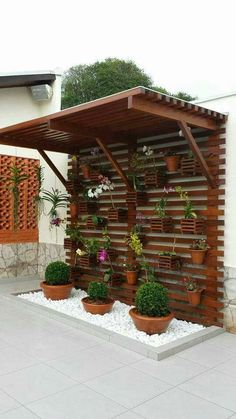 Gartenweg cool ideas for decorating your home with white gravel To find the plants that will mak White Gravel, Backyard Landscaping, Landscaping Ideas, Pergola Ideas, Patio Ideas, Backyard Layout, Terrace Ideas, Cheap Pergola, Balcony Ideas