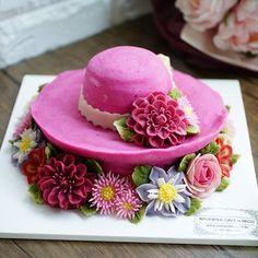 Soy bean cream flower ricecake.  Design class 2th Done by China student. Soy bean  cream flower ricecake~♡ 韩式豆沙裱花  #cake #modelling #flowercake #barbie  #flowercake #flower #design #dessert#food#ricecake #class #inquiry #CAKEnDECO  # 韩式豆沙裱花  #앙금플라워떡케이크  #앙금플라워 #앙금플라워떡케익  #플라워케이크 #韩式裱花 #앙금모델링 #떡케이크 #케이크  #떡 #디저트#花#koreanflowercake #韓国式 #포토그램 #플라워 #플라워케이크 #裱花  #beanpaste # #케익앤데코  KakaoTalk, WeChat ID : cakendeco Line ID : cakendeco  http://www.cakendeco.co.kr