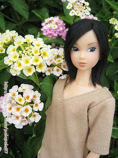 helloblythe <Title>Small flowers