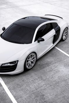 Audi is my dream car! Audi R8 Sport, Audi Cars, Bmw X7, New Sports Cars, Super Sport Cars, Mustang Fastback, Porsche, Sexy Cars, Hot Cars