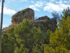 Publicamos los restos del castillo de Rubió.  #historia #turismo http://www.rutasconhistoria.es/loc/castillo-de-rubio