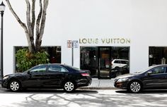 Louis Vuitton in Miami find out more at www.ohdeerblog.com