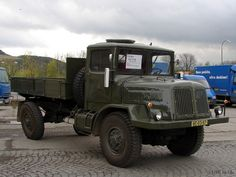 Tatra T128 Heavy Equipment, Old Cars, Motor Car, Cars And Motorcycles, Military Vehicles, Monster Trucks, Czech Republic, Buses, Classic