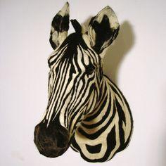 Zebra Wandkopf handgefilzt