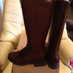 Ugg tall boot Brown Ugg tall boot with zip back new never worn UGG Shoes Heeled Boots