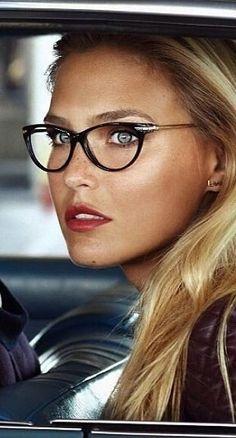 Bar Refaeli is an Israeli model, television host, actress, and businesswoman. Bar Refaeli, Fashion Eye Glasses, Cat Eye Glasses, Michaela Bercu, Wearing Glasses, Bright Eyes, Girls With Glasses, Womens Glasses, Glasses Frames