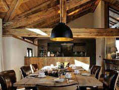Desayuno en familia, café caliente  y a trabajar #goodmorning #mañanaRoma #buenosdias #love #decoración #interiorismo #interiores #luz #light #relax #madera #frio #llueve #picoftheday #trucosparadecorar
