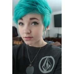 pixie cut Tumblr - Polyvore----THIS IS IT!! THIS IS THE HAIRCUT I WANT. IT IS TURQUOISE AND SHORT AND LAYERED AND VOLUMINOUS AND ASDFGHJIKL