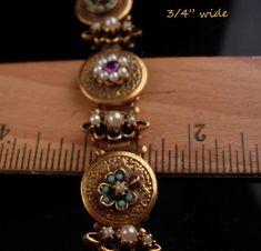 Edwardian Jewelry, Antique Jewelry, Gold Jewellery Design, Gold Jewelry, Caftan Gallery, Matching Couple Bracelets, Gold Bangle Bracelet, Schmuck Design, Simple Jewelry