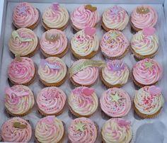 Pink & Girly Princess Cupcakes Princess Theme Birthday, Princess Tea Party, Princess Cupcakes, Twin Birthday, Birthday Fun, 1st Birthday Parties, Pink Birthday Cakes, Birthday Treats, Birthday Cupcakes