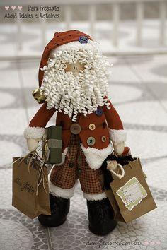 Noel - ref. Christmas Patchwork, Christmas Sewing, Felt Christmas, Christmas Projects, Handmade Christmas, Vintage Christmas, Christmas Ornaments, Operation Christmas Child, Elf Christmas Decorations