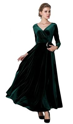 7379e005d4 Emerald Green Velvet Dress idk where one wears this but it sure is ...